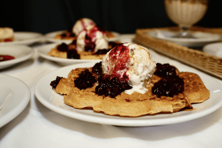 Oatmeal Waffles with Fruity Date Porridge Ice-Cream